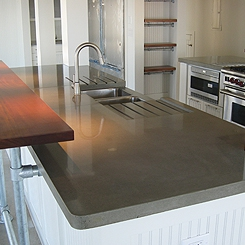 Natural polished countertop